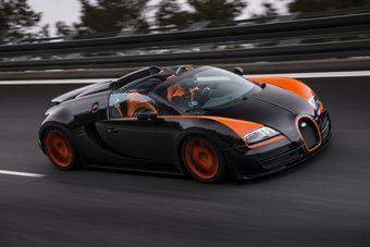 На полигоне в Германии открытый суперкар достиг скорости 408,84 км/ч. В честь этого события Bugatti выпустит 8 родстеров Veyron 16.4 Grand Sport Vitesse World Record Car (WRC). Стоимость каждого из них — 1,99 млн евро.