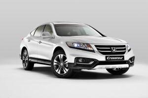 Honda объявила цены на рестайлинговый кроссовер Crosstour в России
