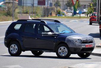 Тестовый варинат обновлённого Dacia Duster замечен на дорогах Испании.