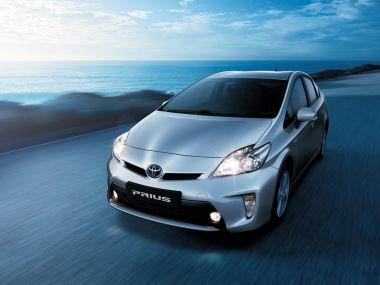 Toyota отзывает 242 тысячи гибридов из-за проблем стормозами