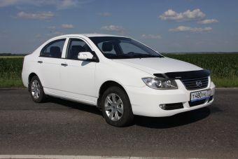 Седан Lifan Solano с вариативной коробкой передач был представлен на прошлой неделе. Дата начала продаж и стоимость авто не анонсированы.