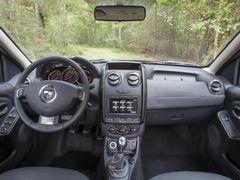 Обновленный интерьер Dacia Duster