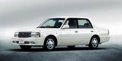 Toyota обновила семейство классическихCrown