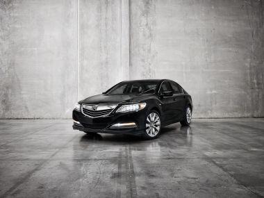 Acura готовит премьеру гибридной версии седана RLX