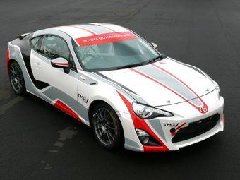 На фото — TMG GT86 CS-V3 — спортивная модель для гонок на Нюрбургринге. Опыт создания этого автомобиля будет использован при постройке ралли-кара на базе Toyota GT86.