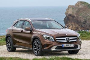 Mercedes назвал цены на4новинки. КроссоверGLA — от1,38млнруб.