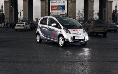 Mitsubishi снижает цену электрокара i-MiEV на800000руб.