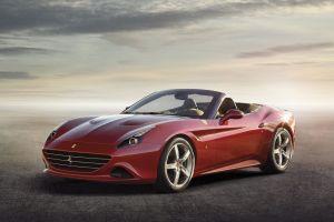 Ferrari покажет в Женеве обновленный спорткар California с турбомотором