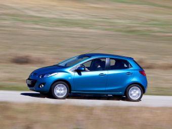 Новинка разрабатывается на основе компакт-кара Mazda2 (Demio) нового поколения, дебют которого ожидается летом 2014 года.