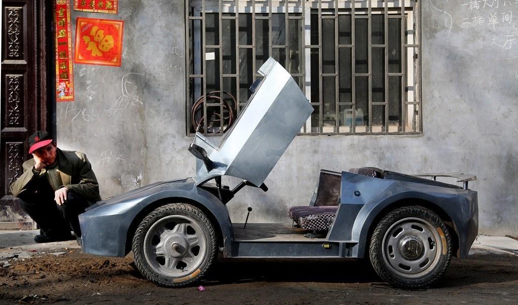 китаец построил внуку игрушечный lamborghini