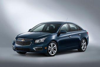 Автомобиль получил небольшие изменения во внешности и интерьере, а также ряд новых опций. Продажи обновленной модели в США начнутся осенью этого года.