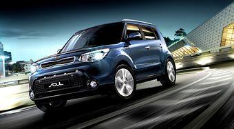 Российским покупателям новый Soul предложат с бензиновым мотором объемом 1,6 литра и мощностью 124 л.с. (152 Нм) или с дизелем такого же объема, развивающим 128 л.с. (260 Нм).