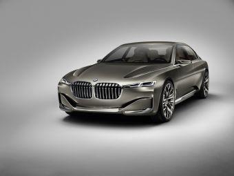 Концепт Vision Future Luxury может быть прообразом следующего поколения седана 7-Series или предвестником совершенно нового семейства 9-Series.