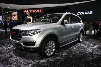В сентябре в России можно будет купить модели H6 Sport и H8. Впоследствии станет доступен кроссовер H2. На первом этапе автомобили будут поставляться из Китая, но в перспективе фирма планирует построить в России собственный завод.
