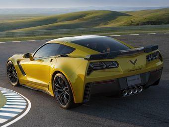 6,2-литровый двигатель LT4, установленный под капотом Corvette Z06, развивает 650 л.с. мощности и 880 Нм крутящего момента, что автоматически делает спорт-кар самой мощной серийной моделью в истории концерна General Motors.