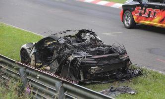 Тесты незаладились: прототип Acura NSX сгорел наНюрбургринге