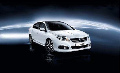 В России начались продажи обновленного Renault Latitude