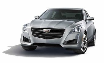 Основными визуальными отличиям модернизированного CTS от предшественника стала измененная передняя часть с новыми адаптивными фарами и логотип Cadillac без ставшего привычным лаврового венка, расположенного на радиаторной решетке.