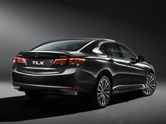 Новый седан Acura поступит в продажу по цене от 1 899 000 рублей.