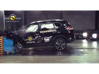 Эксперты Euro NCAP отметили эффективность работы систем предотвращения аварии, которыми оборудовано новое поколение кроссовера, в частности, механизм автоматического превентивного торможения и устройство мониторинга движения по полосе.