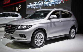 Из четырех представленных на Московском автосалоне моделей на российском рынке в обозримой перспективе появятся три: H2, H6 и H8.