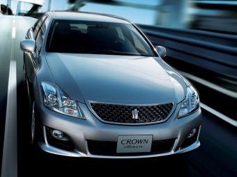 Отзыв коснется 1,05 млн машин в Японии и 615 тыс. автомобилей на территории других стран. Речь идет о таких моделях, как Crown, Crown Majesta, Noah, Voxy, Corolla Rumion и Auris. Среди Лексусов обслуживание будет нужно моделям IS, GS и LS.