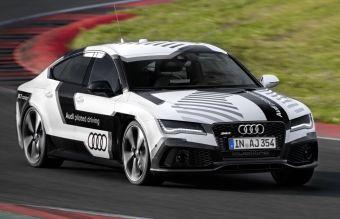 В Ауди говорят, что прототип без водителя будет двигаться «в полную силу» — во время предварительных тестов машину разгоняли до 240 км/ч, а общее время круга составило около двух минут и десяти секунд.