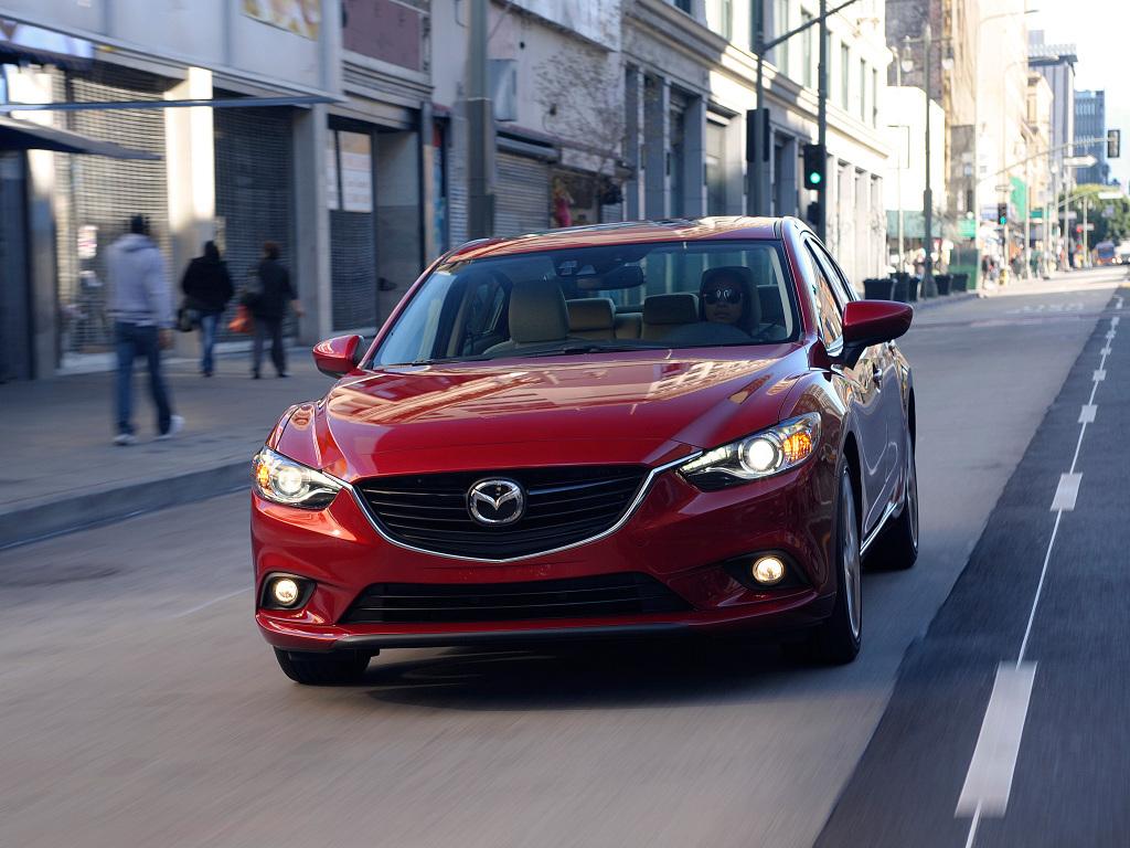 Каково мнение автолюбителей о новинке — шестерке Mazda выпуска 2013 года