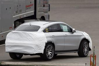 Новинка построена с применением платформы и агрегатов Mercedes-Benz M-Class.