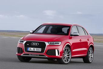 Наиболее заметным изменением в дизайне компактных вседорожников Audi стала новая решетка радиатора, которая продлена до передних фар.