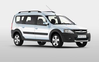 От стандартного Ларгуса  новинка отличается установленным защитным обвесом из неокрашенного пластика и увеличенным на 25 мм клиренсом. Под капотом автомобиля находится 1,6-литровый 16-клапанный бензиновый мотор мощностью 105 л.с.
