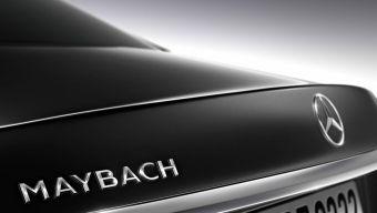 Полное название автомобиля — Mercedes-Maybach S600. Машину покажут в конце ноября на автосалонах в Гуанчжоу и Лос-Анджелесе. При помощи самого роскошного S-Class производитель намерен конкурировать с такими моделями, как Bentley Flying Spur и Rolls-Royce Ghost.