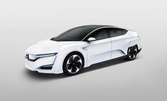 Производитель утверждает, что новый концепт — первый в мире водородный автомобиль, силовая установка которого полностью расположена под капотом (вместе с топливными ячейками), а не распределена по разным полостям в кузове.
