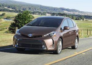 Лос-Анджелес-2014. Тойота обновила Приусы v и c