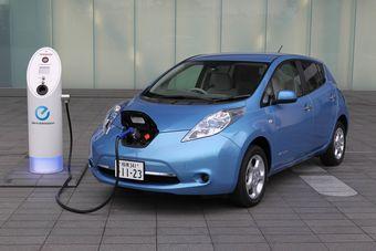 В долгосрочной перспективе компания все же намерена поработать над автомобилем с водородной силовой установкой, но в первую очередь нужно заниматься именно электромобилями.