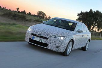 Автомобиль построен с применением масштабированной модульной платформы MQB, также использованной в создании восьмого поколения Volkswagen Passat.