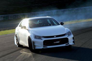 Toyota выпустит сотню околоспортивных Mark X: задний привод, 321 л.с., 6МТ