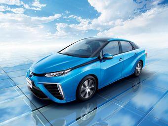 Из 1500 машин большую часть (60%) приобрели японские госструктуры и другие корпоративные клиенты.