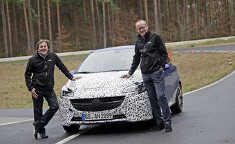 Глава Opel утверждает, что новая Corsa OPC получила более мощный по сравнению с предшественником двигатель. Кроме того, топ-менеджер отметил, что новинка будет отличаться «действительно неплохой ценой».