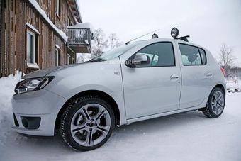 Ожидается, что спортивный Сандеро получит 1,2-литровый турбомотор и механическую коробку передач.