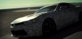 В конце записи в кадр на несколько секунд попадает скрытый камуфляжем полностью новый Камаро. Ожидается, что автомобиль будет официально представлен в начале апреля в Нью-Йорке.