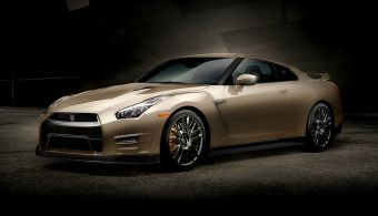 Ниссан рассчитывает продать около 30 юбилейных экземпляров GT-R на рынке США.