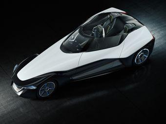 Автомобиль с необычной формой кузова представлял собой переосмысленную гражданскую версию гоночного болида Nissan Deltawing, созданного для участия в 24-часовых гонках в Ле-Мане.