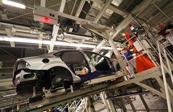 Фольксваген может сократить около 600 человек, а СП между PSA и Mitsubishi — порядка 800 человек.