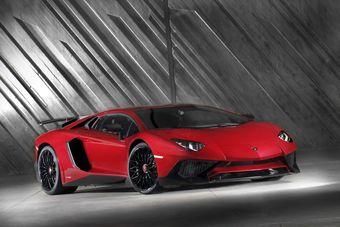 Экстремальный Aventador — самый быстрый серийный Lamborghini: 2,8 секунды в разгоне до «сотни».