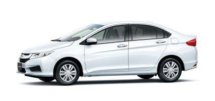 Honda представила бензиновую модификацию седана Grace