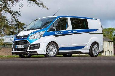 Минивэн Ford Transit сделали похожим на ралли-кар