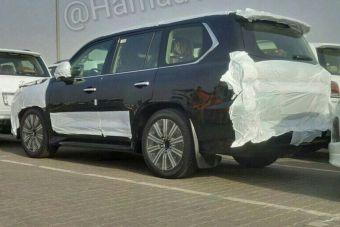 Ожидается, что полностью машину покажут в августе.
