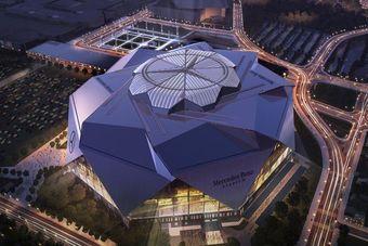 Комплекс под названием Mercedes-Benz Stadium станет домашним для футбольных команд Atlanta Falcons и Atlanta United. Отметим, что в случае Atlanta Falcons речь идет об американском футболе.