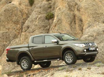 Автомобиль оборудован новым 2,4-литровым дизелем 4N15 с турбонаддувом и топливной системой common rail. Предусмотрены два варианта отдачи — 154 л.с. и 380 Нм или 181 л.с. и 430 Нм.
